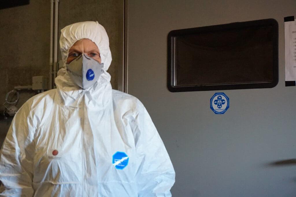 uniforme reducir contaminación electromagnetica VEEMA